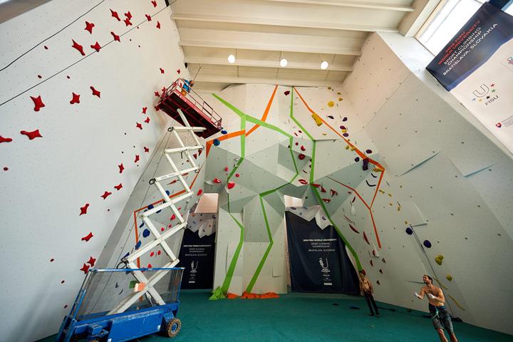 Lezecká stena K2 – Bratislava, renovácia steny