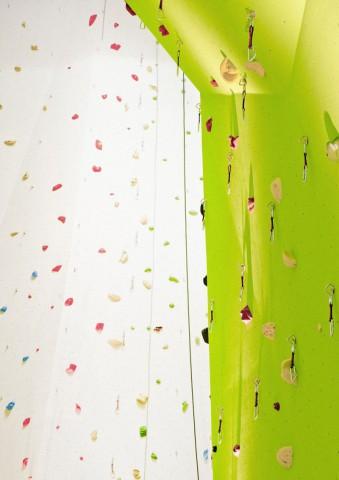 1121-climbing-wall-budapest-04