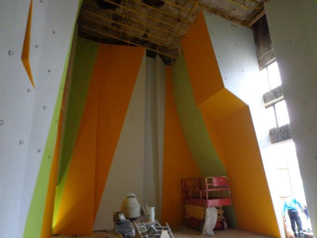 1321-rozlomity-stena-malovanie-7