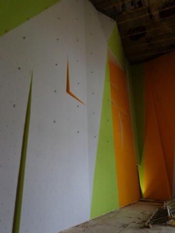1322-rozlomity-stena-malovanie-8