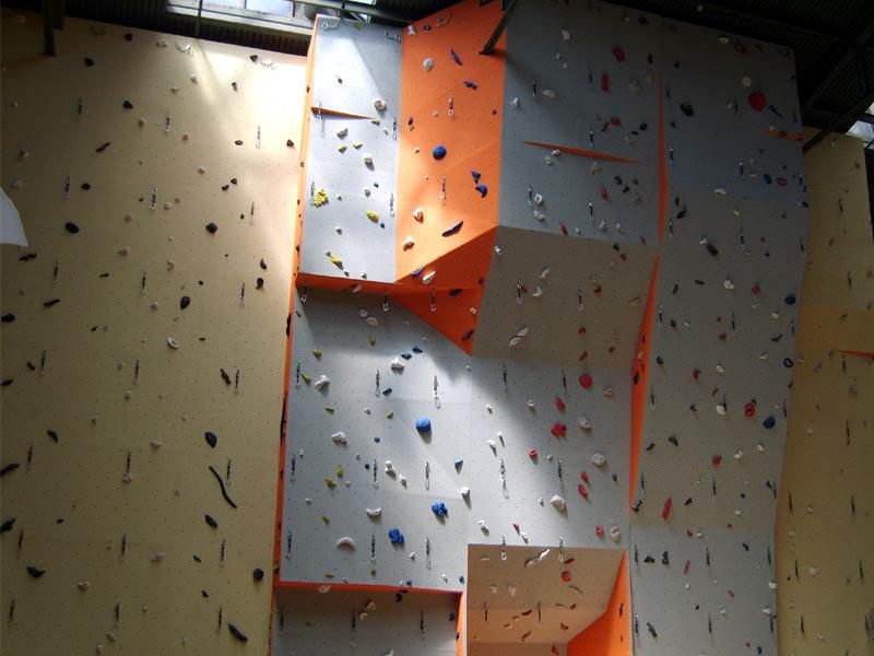 889-horolezecka-stena-brno
