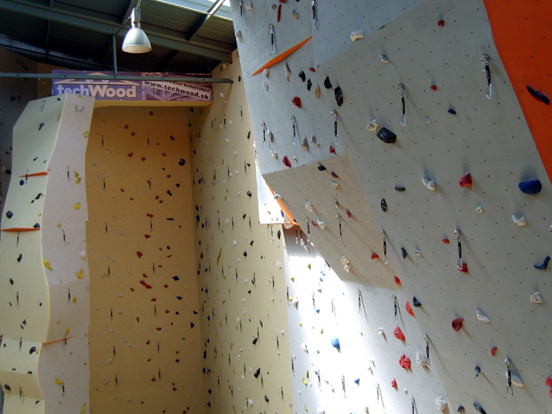 891-lezecka-stena-brno