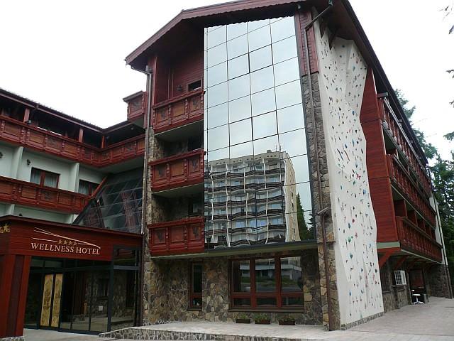 968-hotel-borovica-lezecka-stena