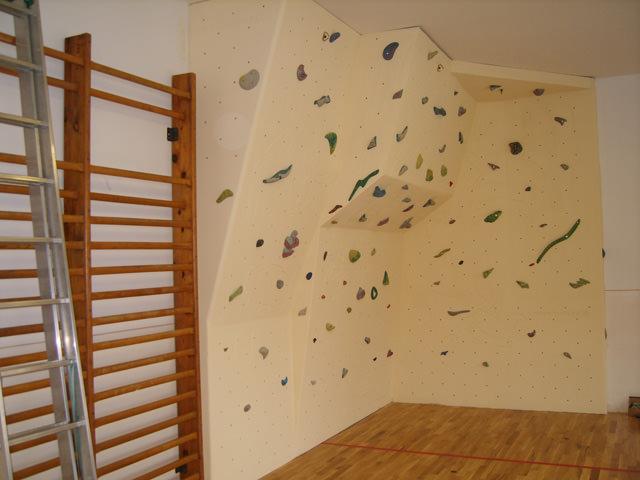 climbing-wall-kosariska