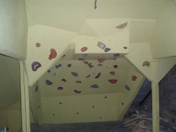 climbing_wall_tomas_mrazek_2