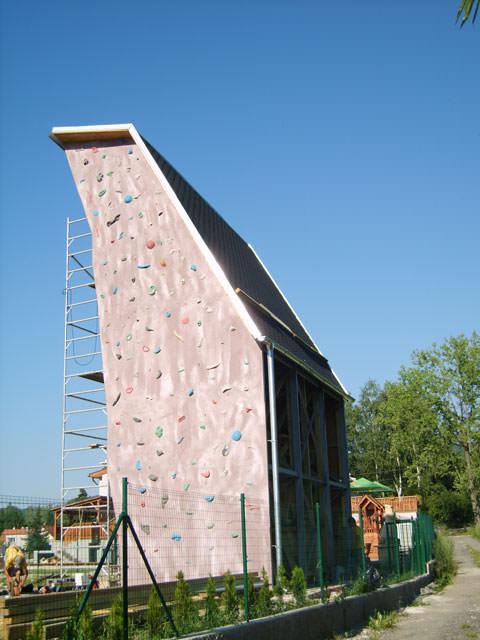 freestanding_climbing_tower_handlova