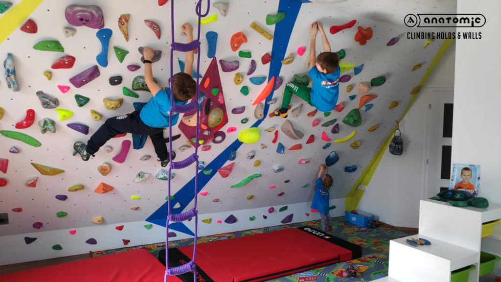 home-bouldering-wall-for-kids-1