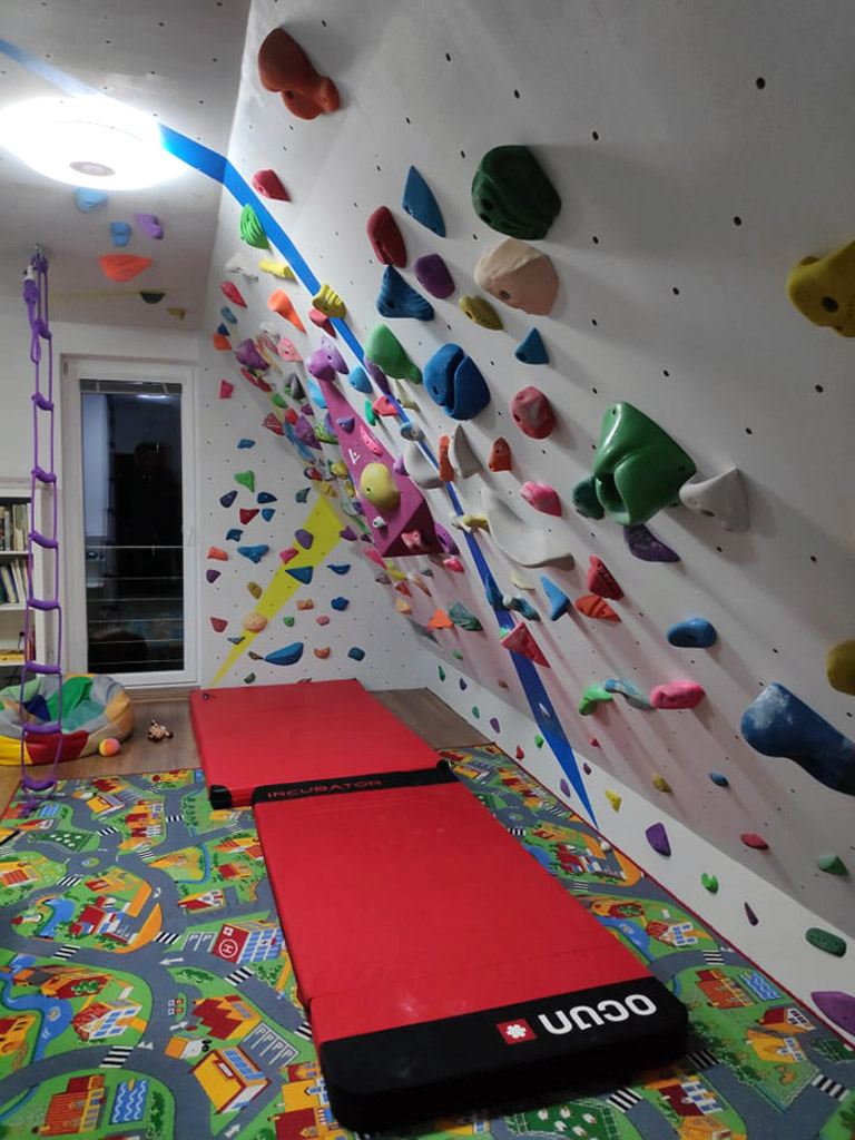 home-bouldering-wall-for-kids-9