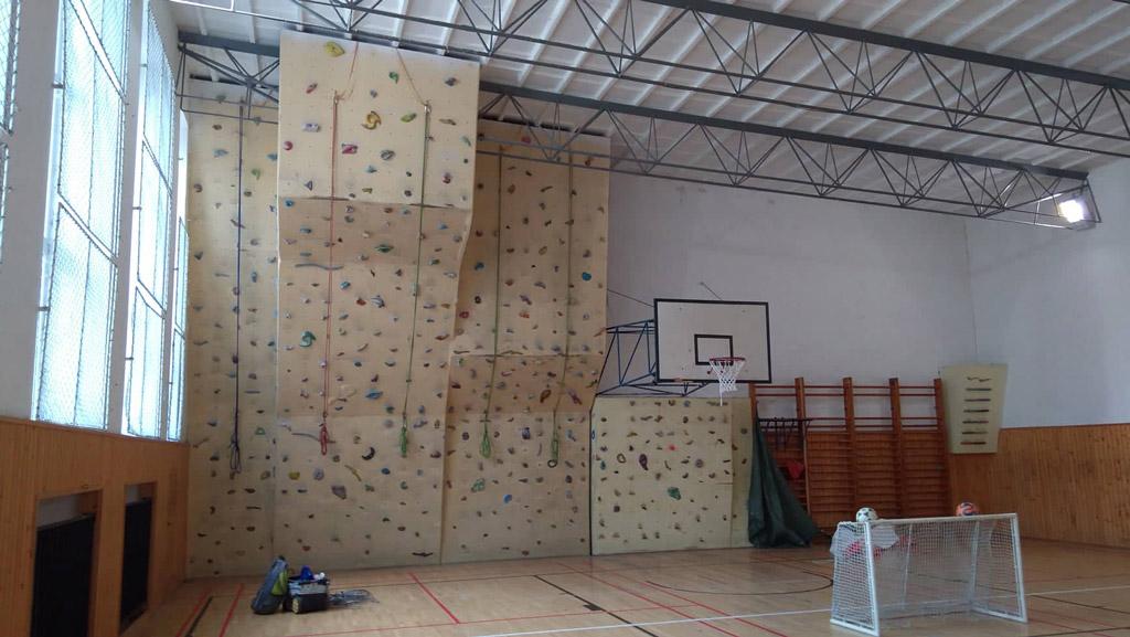 lezecka-stena-karlova-ves-1