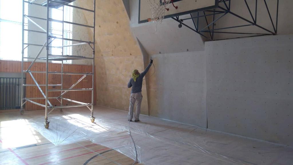 renovacia-lezeckej-steny-karlova-ves-1