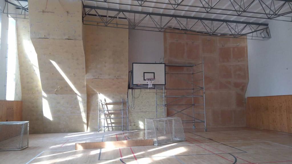 renovacia-lezeckej-steny-karlova-ves-2