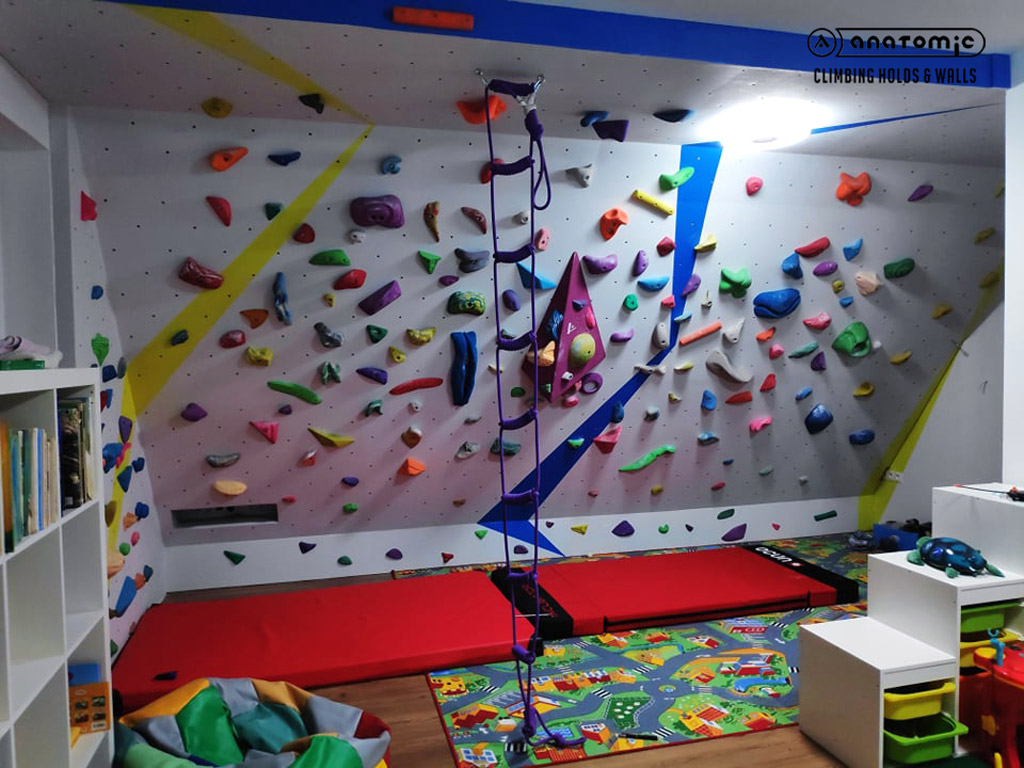 home-bouldering-wall-for-kids-3