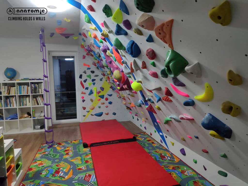 home-bouldering-wall-for-kids-7