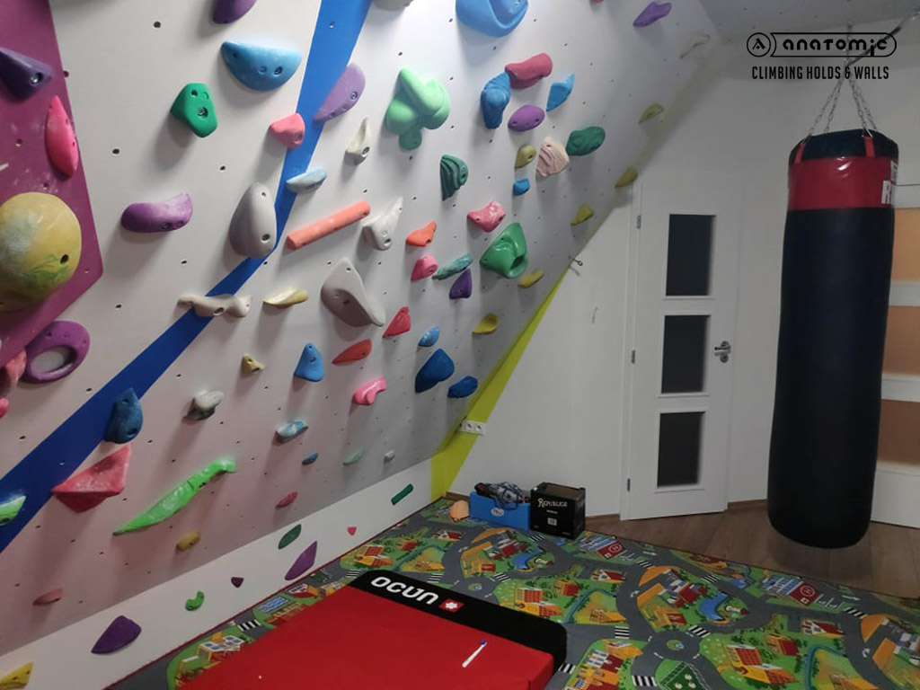 home-bouldering-wall-for-kids-8