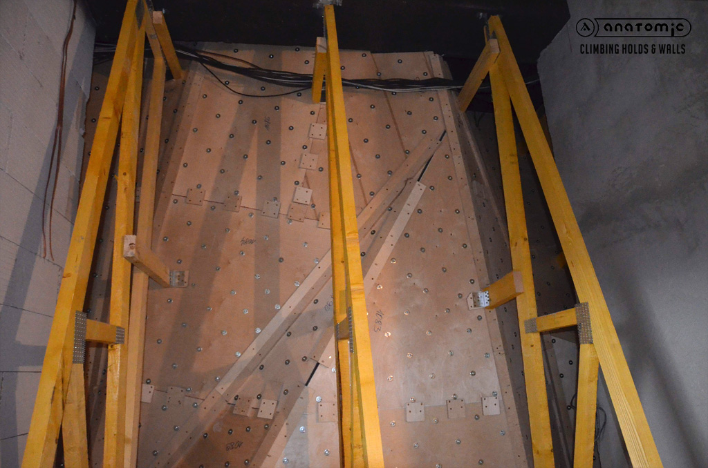 lezecka-stena-cnc-panely-2